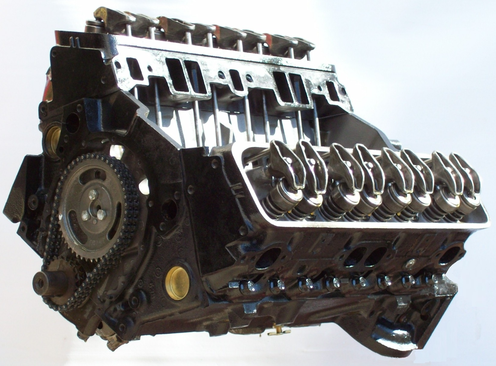 This remanufactured engine site has inboard longblock engines, turnkey