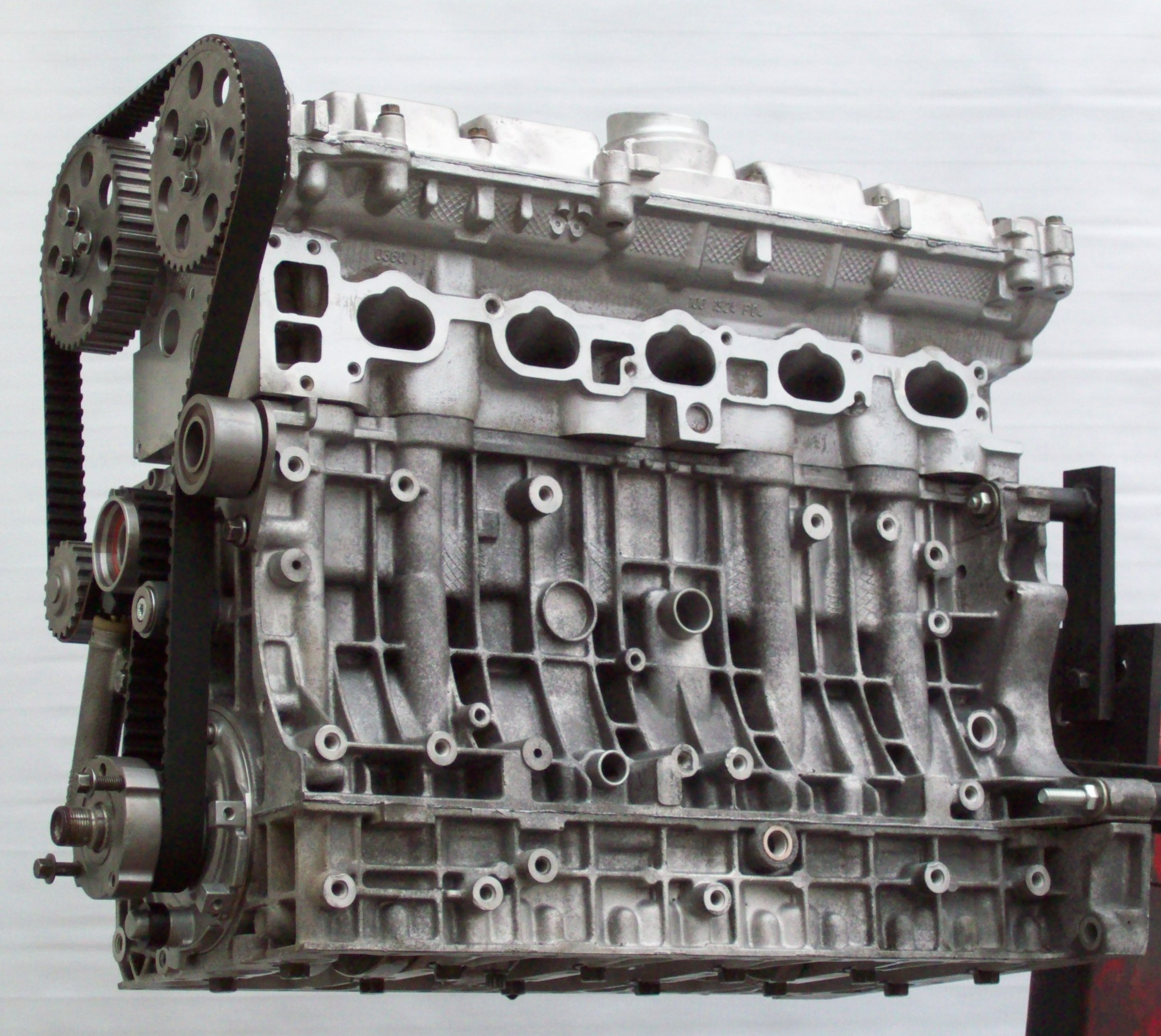 Volvo Remanufactured Engines Ask For Rebuilt And New Too